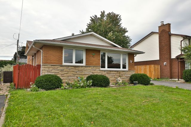 Just Listed 31 Darlington Drive, Hamilton